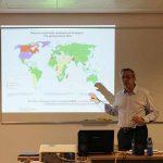 """""""El debate sobre el modelo de desarrollo y la responsabilidad social de las empresas"""" Tomás G. Perdiguero en Diploma RSE de la Universitat de València"""